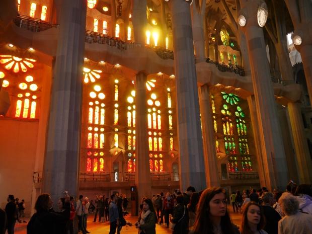 Inside La Sagrada Familia/ Dentro La Sagrada Familia