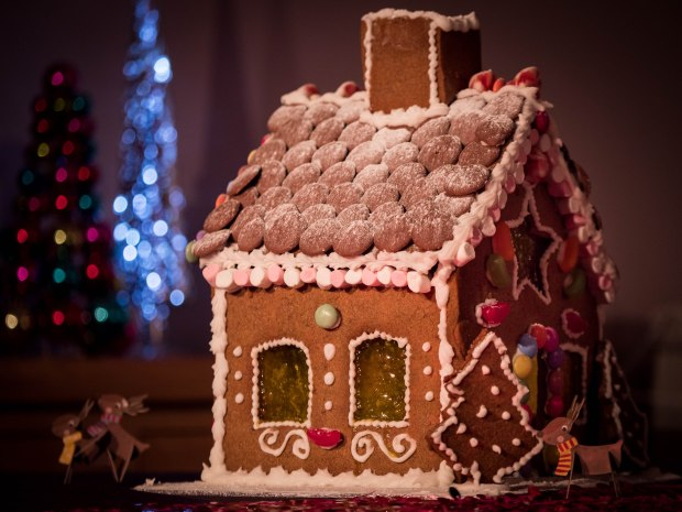 Be the envy of your friends with this homemade gingerbread house recipe!